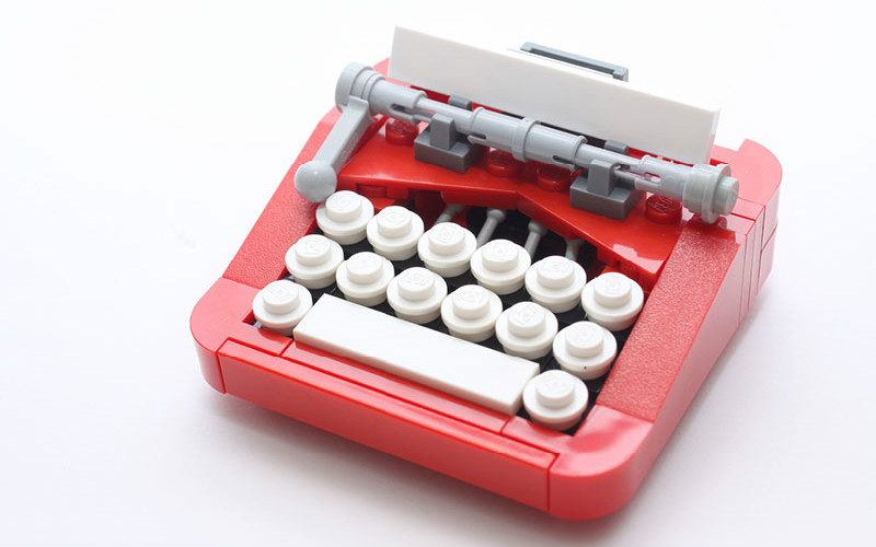 LEGO Typewriter: MOC of the Week!