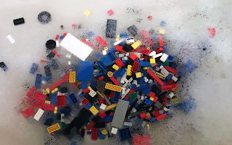Washing LEGO: Why it's necessary sometimes