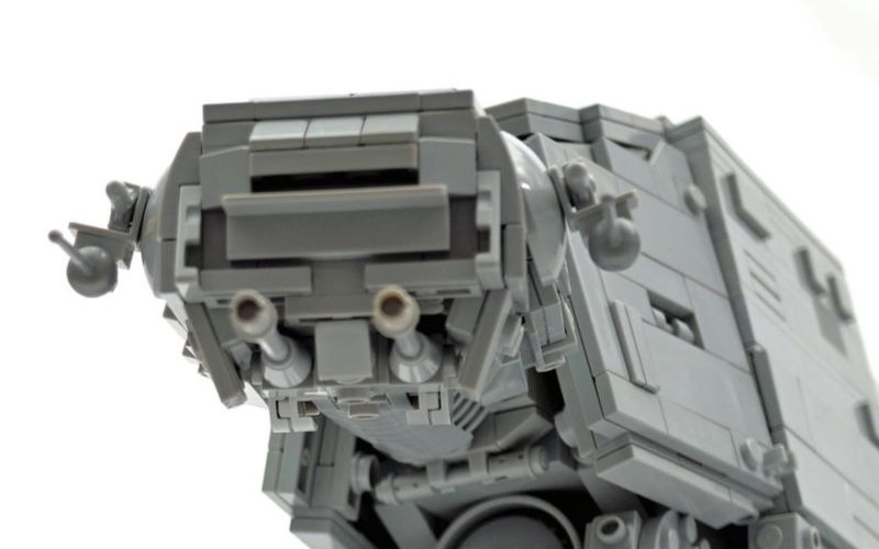 Incredible midi scale LEGO AT-AT